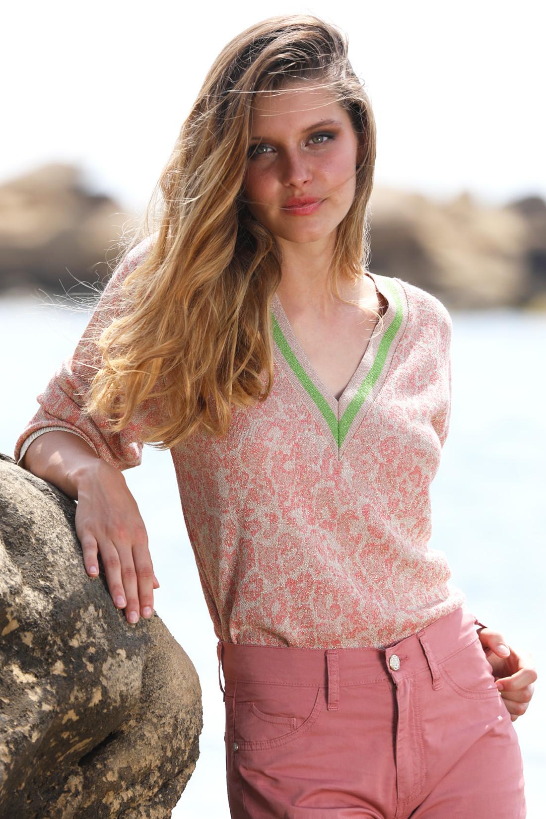 Knit V-neckline sweater