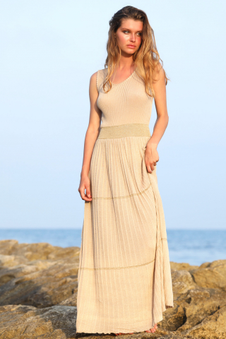 Long knit pleated dress