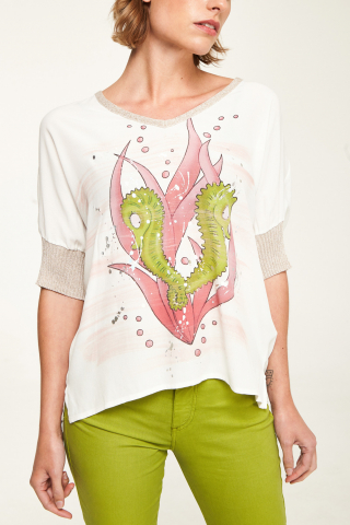 Camiseta fluida estampada
